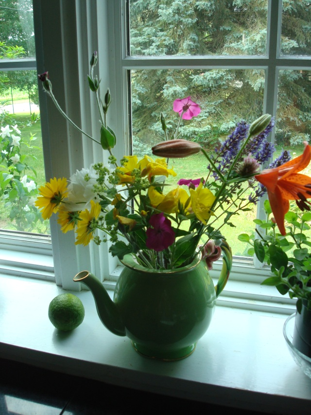 Lots of fresh cut flowers from my garden